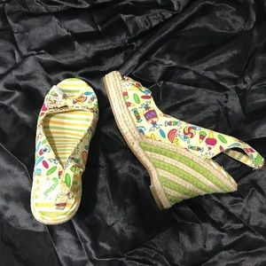 """""""Not rated"""" summer canvas platforms/wedges, size 7"""
